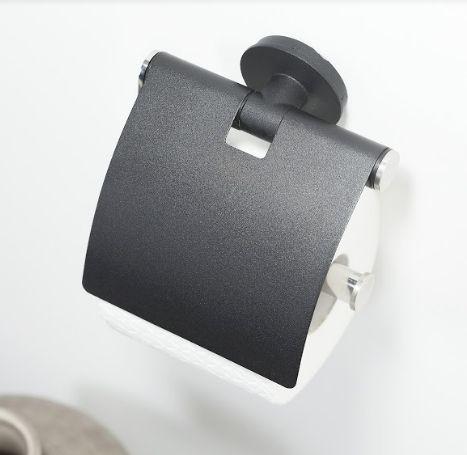 Nowoczesny system mocowania akcesoriów łazienkowych