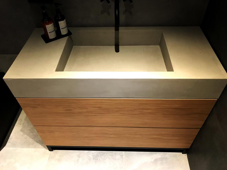 Luxum - umywalka z masy betonowej