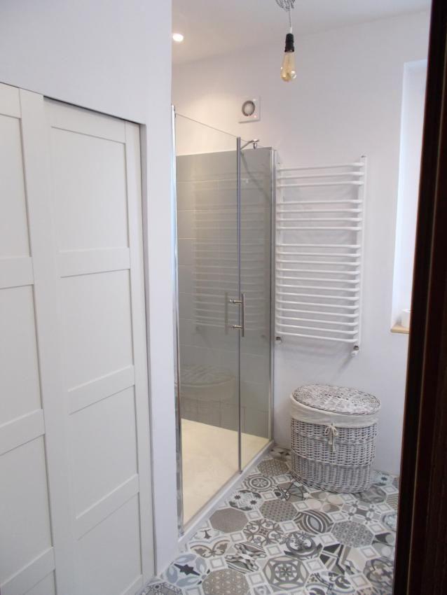 Jaki schować pralkę w łazience