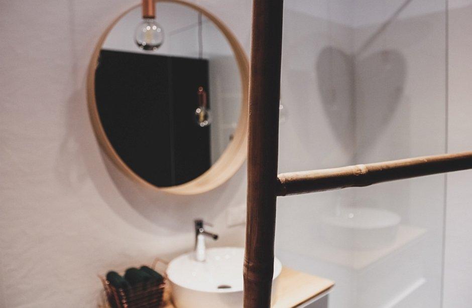 Zbliżenie na detal w eko łazience