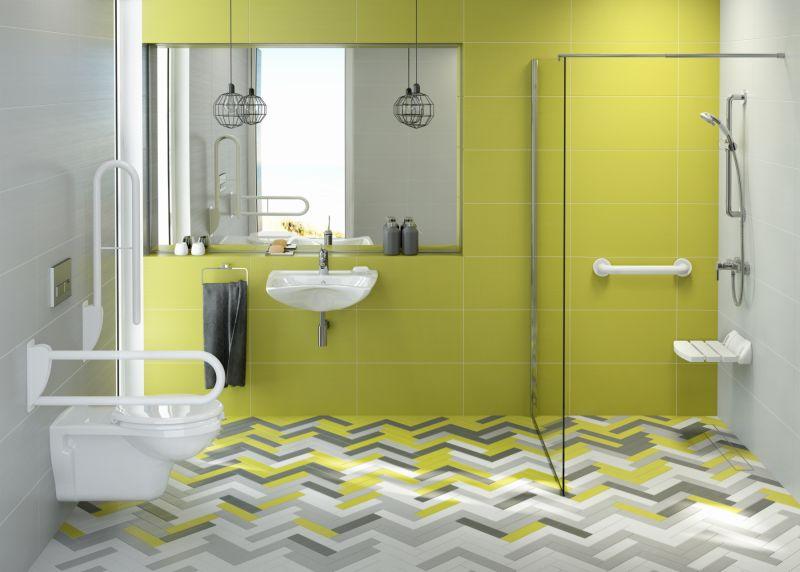 Umywalka i wc w łaziece dla osoby starszej